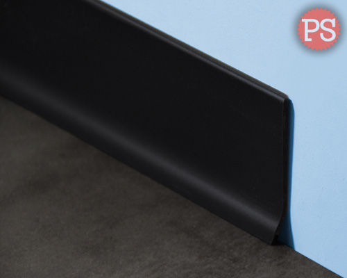 Plintenstunter - dunne plint zwart kunststof